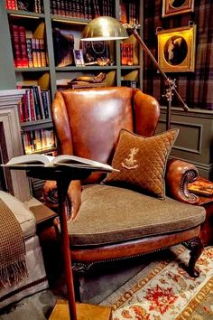 Cozy Reading Room For Your Interior Home Design 21 Home Interior, Interior Design, Interior Ideas, Color Interior, Interior Lighting, Lighting Ideas, Modern Interior, Artwork Lighting, Country Interior