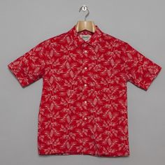 *Love* the print on this summer shirt.