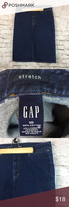 """Women's Gap Stretch Denim Pencil Skirt size 10 Women's Gap Stretch Denim Skirt size 10.  Made of Cotton & Spandex with a Front Slit, hit's just below the knee.  Great for the office or everyday wear. Gently used. Please see picture's.  Side to Side Waist - 14.5"""" Length - 24.5""""   Thank you for shopping with us, we appreciate your business.  *All items are measured laying flat, please be sure to check sizing before purchasing. All brands do fit differently and all sales are final. I do my best…"""