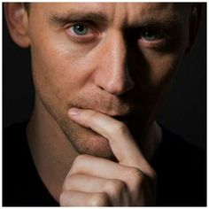 Just Tom Hiddleston: Fotos Tom Hiddleston Gentleman, Tom Hiddleston Quotes, Tom Hiddleston Funny, Loki Thor, Loki Laufeyson, Thor Marvel, Sean O'pry, British Boys, British Actors