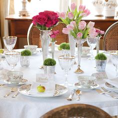 ladies' luncheon tablesetting
