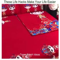 These Life Hacks Make Your Life Easier - break Simple Life Hacks, Useful Life Hacks, Things To Do When Bored, Cool Things To Make, Diy Home Crafts, Diy Arts And Crafts, Ideas Hogar, Diy Buttons, Crafts To Make And Sell