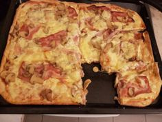 Pizza dough, Food And Drinks, The Best Pizza Dough You Have Ever Made - A recipe by Jamie Oliver. Best Pizza Dough, Good Pizza, Pizza Hut, Jamie Oliver, Cookbook Recipes, Cooking Recipes, Pizza Tarts, Food Tasting, Greek Recipes