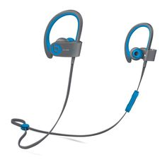 Inspired by LeBron James, the Powerbeats 2 Wireless headphones were designed to defy the ordinary while catapulting music lovers towards their relentless pursuit of perfection. Lightweight and enginee