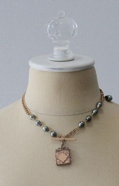 15a480a4b73 How to Repurpose Old Jewelry  Experts Weigh In