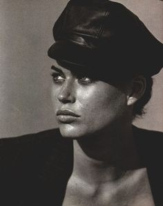 Carrie Otis... 1 of my fav models of the 90s. Proved that a woman can be strong, curvy, tattooed, wild and still be sexy.