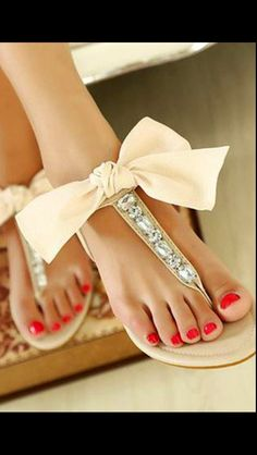 Sparkly bow sandals!