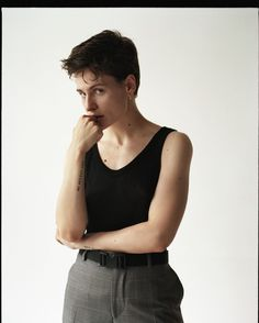 le jour où christine and the queens est devenue chris Androgynous Women, Androgynous Style, Christine And The Queens, Sundance Film Festival, Queen Hair, Male Body, Girl Crushes, Pretty Woman, Role Models