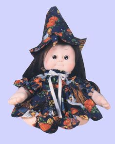 Winnie Witch Halloween. La Streghetta di Halloween: WINNIE. Soft Sculpture Doll. Disponibile il PDF di 24 pagine Step by Step. €.5 Scrivetemi per riceverlo: rossella.usai@dalbauledellanonna.com