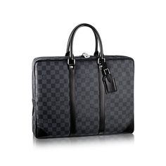 Discover Louis Vuitton Porte-Documents Voyage: The Porte-Documents Voyage looks effortlessly stylish in masculine Damier Graphite canvas. With smooth leather trimmings and a spacious interior, it combines luxury and practicality.
