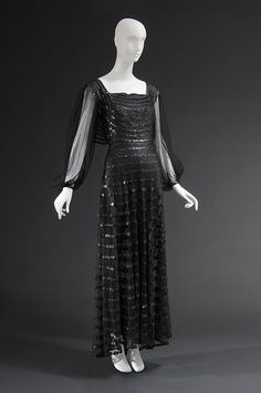 Evening dress People and Brands: Retailer: Bergdorf Goodman Founded 1899 Brand: Lanvin Medium: Black synthetic tulle, silk satin, plastic sequins Date: c. Jeanne Lanvin, 1930s Fashion, French Fashion, Timeless Fashion, Vintage Fashion, Women's Fashion, Vintage Outfits, Vintage Gowns, Vintage Costumes