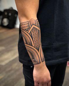Polynesian Forearm Tattoo, Maori Tattoo Arm, Wing Tattoo Men, Tribal Forearm Tattoos, Polynesian Tattoo Designs, Tribal Tattoos For Men, Wrist Tattoos For Guys, Maori Tattoo Designs, Tribal Sleeve Tattoos