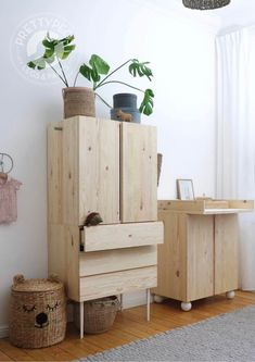 Pretty Movement - The place to be to check out inspiring IKEA Hacks. - Prettypegs - Six Fab Ikea Ivar Hacks! Decor Room, Bedroom Decor, Home Decor, Ikea Ivar Cabinet, Ideas Habitaciones, Deco Kids, Furniture Legs, Outdoor Furniture, Coffee Table With Storage