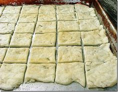 Rosemary and Garlic Crackers | www.diethood.com | #crackers #recipe