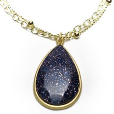 Looks like a starry sky, would be better not in gold though.
