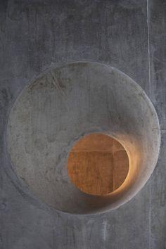 Wall hole concrete