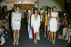 Momento final del desfile, con todas las modelos. Fotografía: Alfonso Díaz®