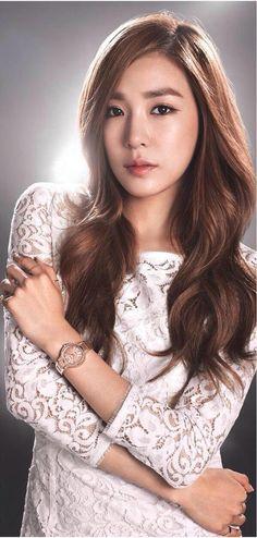 SNSD - Tiffany 티파니 Hwang MiYoung 황미영 for Casio #소녀시대 #카시오