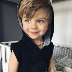 Image about baby in Mete Gursoy by thai on We Heart It So Cute Baby, Baby Kind, Cute Boys, Kids Boys, Cute Babies, Beautiful Children, Beautiful Babies, Baby Boy Fashion, Kids Fashion
