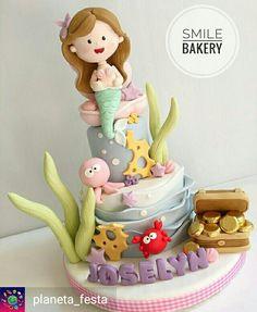 ❥ Mermaid Party   Cake Little Mermaid Cakes, Mermaid Birthday Cakes, Birthday Cake Girls, Fancy Cakes, Cute Cakes, Cupcakes Decorados, Sea Cakes, Baby Girl Cakes, Barbie Cake