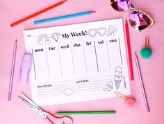 Printable weekly planners help organise your life! Decor Crafts, Fun Crafts, Crafts For Kids, Craft Decorations, Paper Crafts, Planner Pdf, Weekly Planner Template, Planners, Worksheets