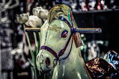 Rocking horses and ride on toys. Tra i giochi di una volta, uno dei grandi classici è il cavallo a dondolo. Scopri i nostri cavalli a dondolo in legno su http://www.giochiecologici.it/productag/7/cavallo%20a%20dondolo