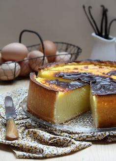 Pastry Flan (Recipe from C. Felder - Easy And Healthy Recipes Tart Recipes, Sweet Recipes, Cooking Recipes, Cuban Recipes, Easy Desserts, Dessert Recipes, Filipino Desserts, Flan Dessert, Food Cakes