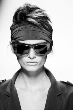 c86fe1efdcea 11 Best Max Mara Sunglasses images   Max Mara, Amalfi, Eye Glasses