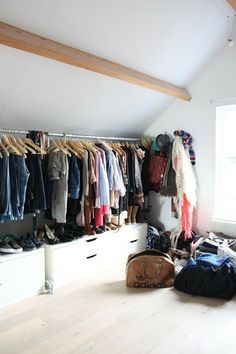 Idea for closet organization upstairs in the attic. I like this!!!! Just add a shelve above the clothes rack and we are good.