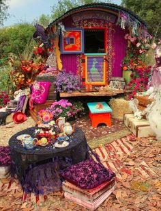 I love it..........Can you see yourself living Here? ♥