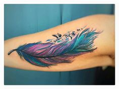 Pluma De Colores Tatuajes Pinterest Tattoos Feather Tattoos Y