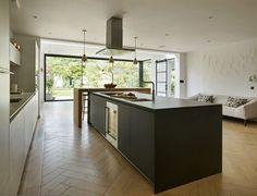 Open Plan Kitchen Living Room, Kitchen On A Budget, New Kitchen, Kitchen Interior, Kitchen Decor, Kitchen Ideas, Bulthaup Kitchen, Kitchen Diner Extension, Kitchen Layout