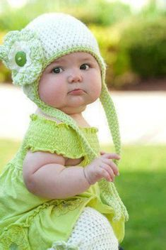 Baby in green with knitted flower hat - #S0FT PIN MIX