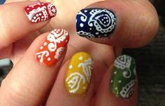Diseños de uñas pinceladas manos y pies, diseño de uñas pinceladas con formas.   #diseñodeuñas #decoratednails #uñasdeboda