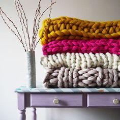 Chunky Knit Blanket from LaurenAstonDesigns (affiliate)