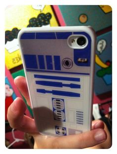 "I know this is for the iPhone, but wouldn't it rock if it were for the Droid? That'd put a new twist on ""These aren't the Droids you're looking for..."" #r2d2 #starwars #iphone"