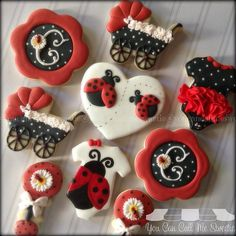 """""""It was a #babyshower filled weekend here at You Can Call Me Sweetie!!!! ❤️here is a #ladybug set I did welcoming baby Carolina ❤️❤️ #decoratedcookies…"""""""