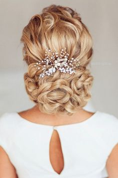 Wedding Hair Comb Bridal Hair Comb Bridal Haircomb / http://www.deerpearlflowers.com/wedding-hairstyle-with-bridal-headpieces/