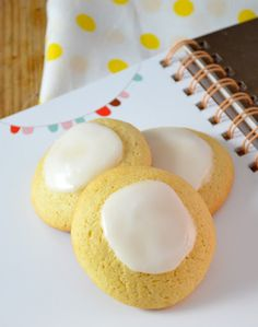 Galletas con glaseado de limon