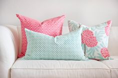 Turquoise, Tulips and Bliss: Pillow Fight!!