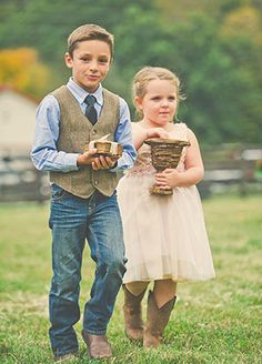 Casual Ring Bearer Style | blog.theknot.com
