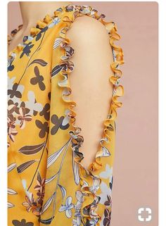 Latest sleeve designs to try with designer kurtis - Kurti Blouse Kurti Sleeves Design, Sleeves Designs For Dresses, Sleeve Designs, Kurta Designs, Blouse Designs, Costura Fashion, Kleidung Design, Sewing Sleeves, Dress Sewing Patterns