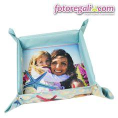 Sei sicuro che la tua mamma abbia già tutto quello che le serve in casa?  Secondo noi le manca un portaoggetti da tavolo e con questo, personalizzato con foto e grafiche, puoi star certo di non sbagliare!   Personalizzalo qui:  http://www.fotoregali.com/portaoggetti-da-tavolo-con-foto.aspx