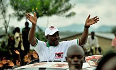 Burundi : Retour du président Pierre Nkurunziza à Bujumbura - 15/05/2015 - http://www.camerpost.com/burundi-retour-du-president-pierre-nkurunziza-a-bujumbura-15052015/?utm_source=PN&utm_medium=CAMER+POST&utm_campaign=SNAP%2Bfrom%2BCamer+Post