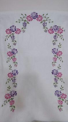 Bargello, Crochet Bedspread, Prayer Rug, Needlepoint Stitches, Hand Embroidery, Prayers, Cross Stitch, Rugs, Cross Stitch Borders