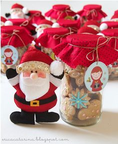 Love the idea of jar gift of cookies or something and matching felt ornament!!!