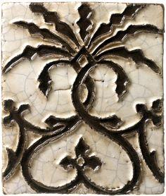 Spanish antique reproduction of arista ceramic tile from Antigua Del Mar Tile