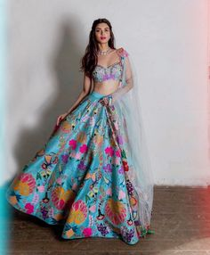 "Diana Penty ( ""It was a bright, colourful Diwali indeed! Choli Designs, Lehenga Designs, Mehendi Outfits, Indian Bridal Outfits, Indian Designer Outfits, Indian Lehenga, Lehenga Choli, Blue Lehenga, Anarkali"