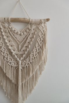 decor diy crafts Your place to buy and sell all things handmade Macrame Wall Hanging Patterns, Macrame Art, Macrame Design, Macrame Projects, Macrame Knots, Macrame Patterns, Macrame Jewelry, Diy Projects, Creation Deco