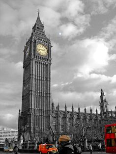 ✮ London - love the pic and the city. Can't wait to see this live again in December. :)